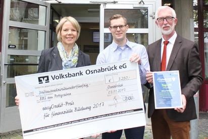 Übergabe des easyCredit-Preis an Sören Lassek