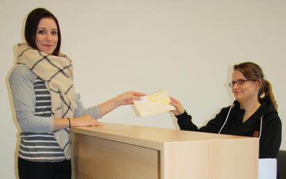 MFA-Berufsschülerinnen im Unterricht: Patientenempfang